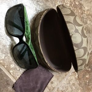 Coach sunglasses Ginger S496. Mint condition.